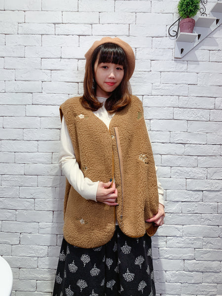 1911060 JP flower fleece zip vest