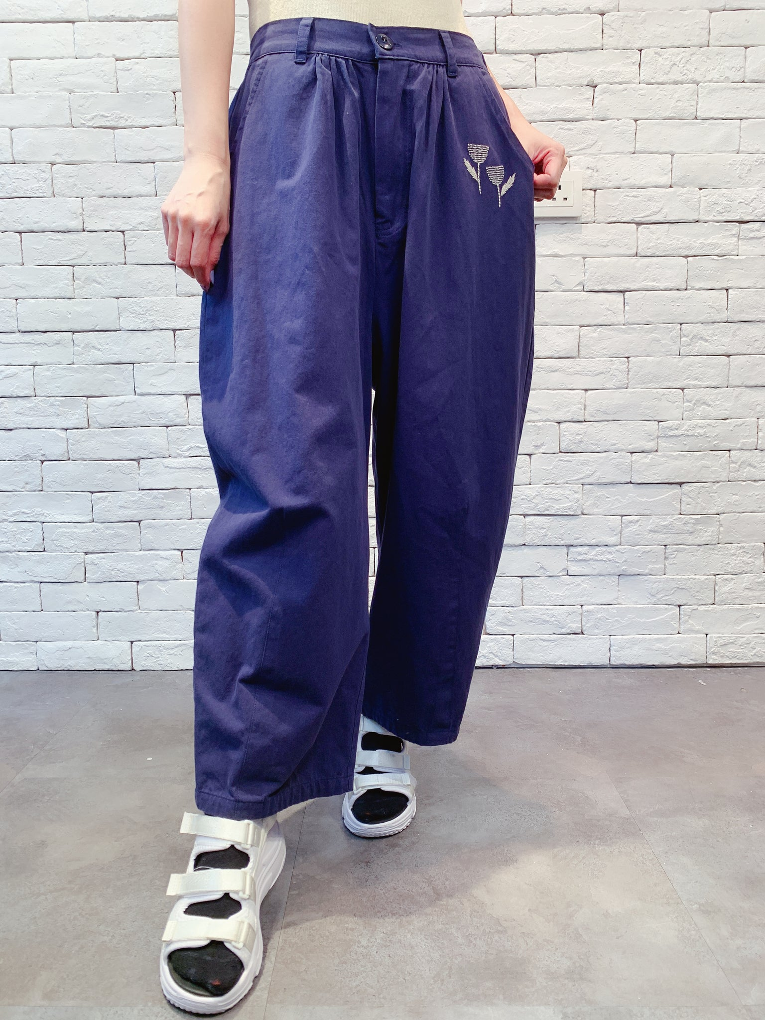 1908066 EM embroidery loose pants