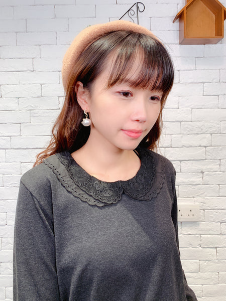 1910087 DD lace collar top