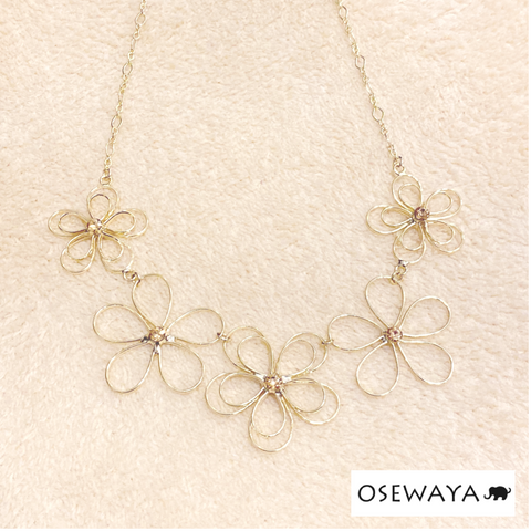 1101NK107 Osewaya Floral Collar Necklace
