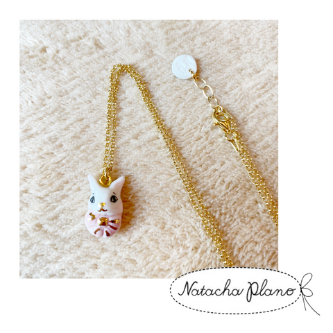 1202NE04 Natacha Plano Miniature Porcelaine Rabbit Necklace