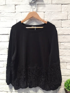 2001050 DD bottom floral lace top - BLACK
