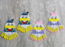 Load image into Gallery viewer, Daisy Duck-Inspired Beaded Earrings