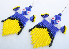 Load image into Gallery viewer, Finding Dory-Inspired Beaded Earrings