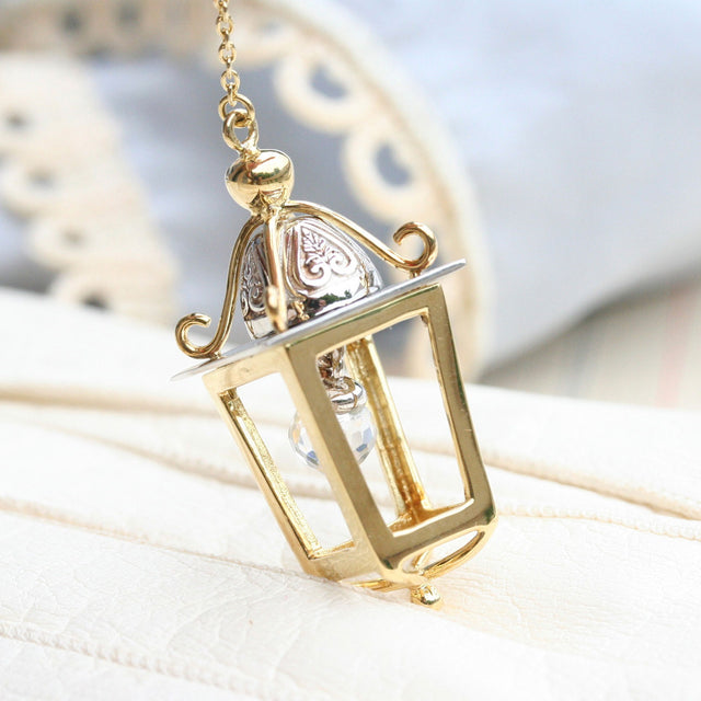 Lantern necklace