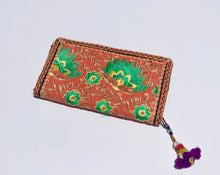 Load image into Gallery viewer, Gujarati Clutch