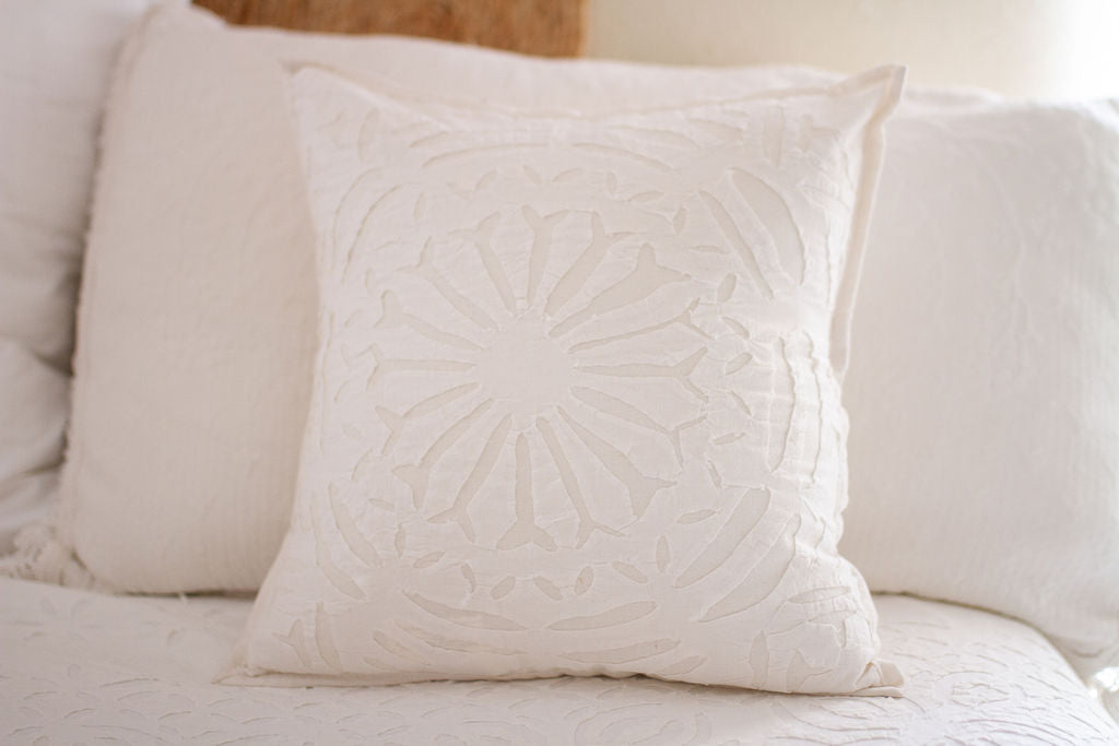 White Applique Pillow Case - GadaboutGoods