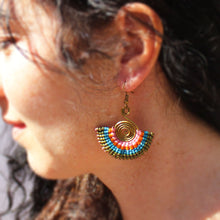 Load image into Gallery viewer, Metal and Macramé Earrings