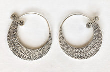 Load image into Gallery viewer, Detailed Fish Tail Hill Tribe Hoop Earrings