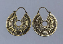 Load image into Gallery viewer, Mayan Queen Brass Earrings