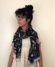Load image into Gallery viewer, Hand Made Batik Summer Scarf - GadaboutGoods