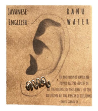 "Load image into Gallery viewer, Javanese ""Water"" Ear Climber"
