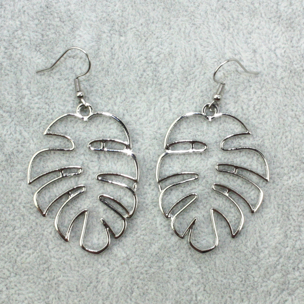 Cut Out Monstera Earrings (Silver Plated) - Sour Cherry