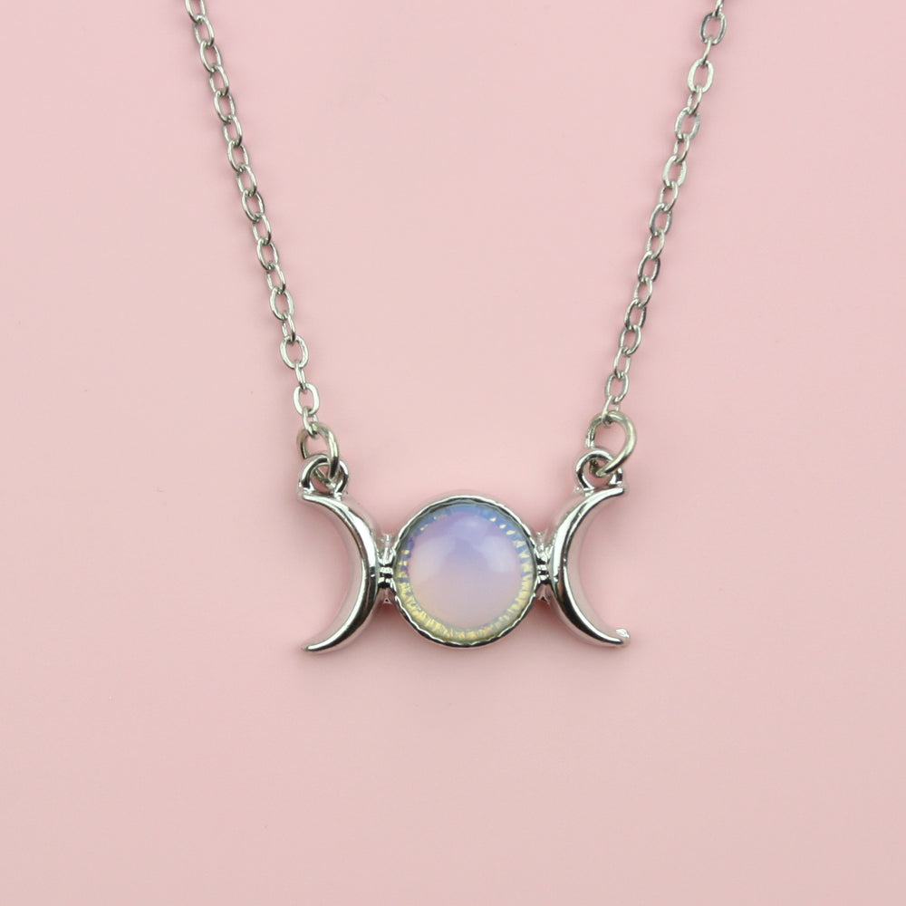 Load image into Gallery viewer, Opal Moon Necklace