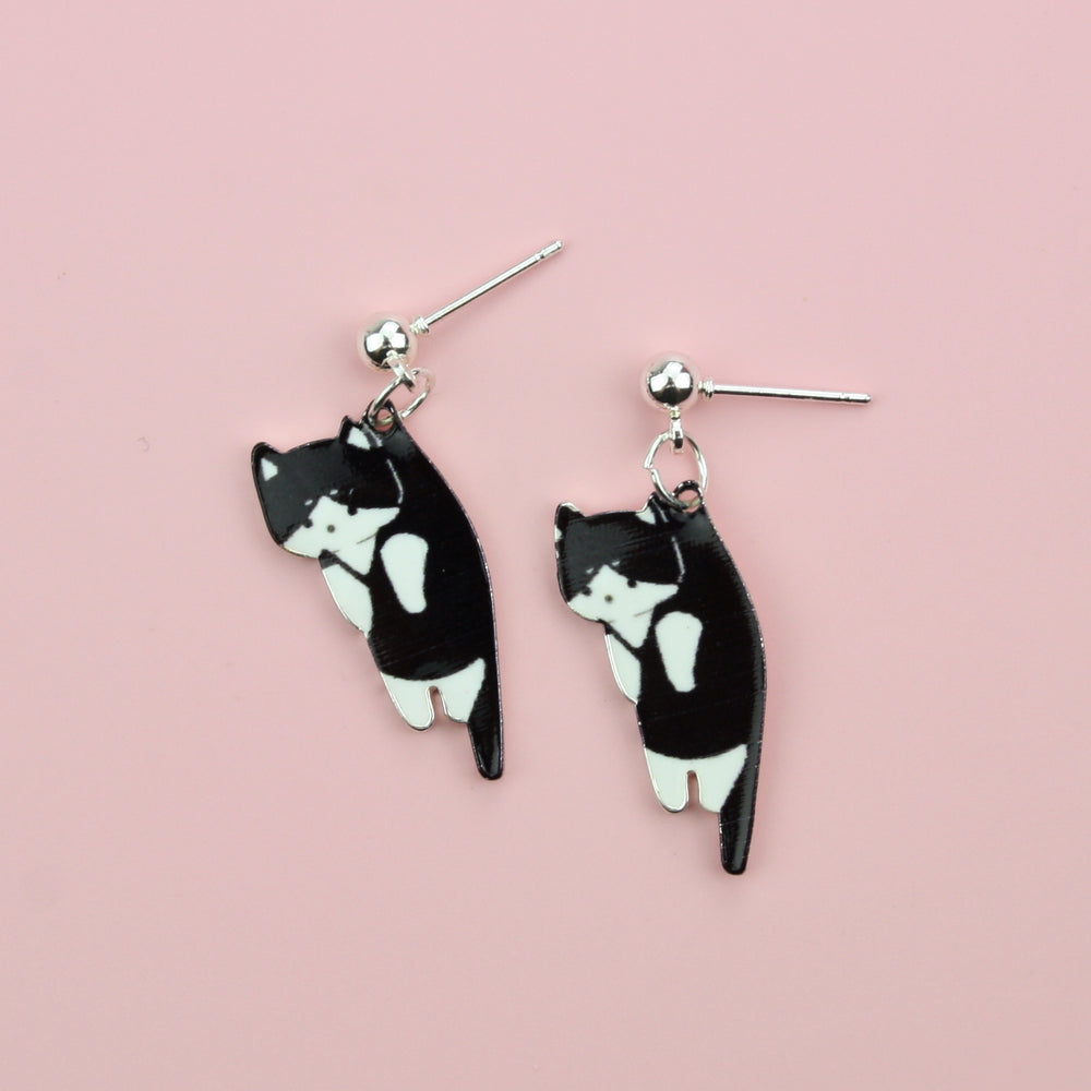 Load image into Gallery viewer, Black & White Cat Earrings