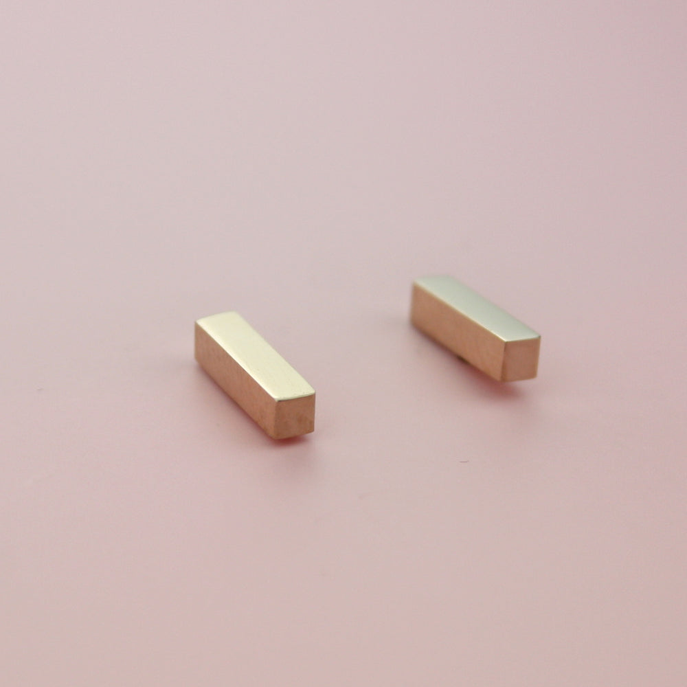 Load image into Gallery viewer, Minimalist Bar Studs (Rose Gold)