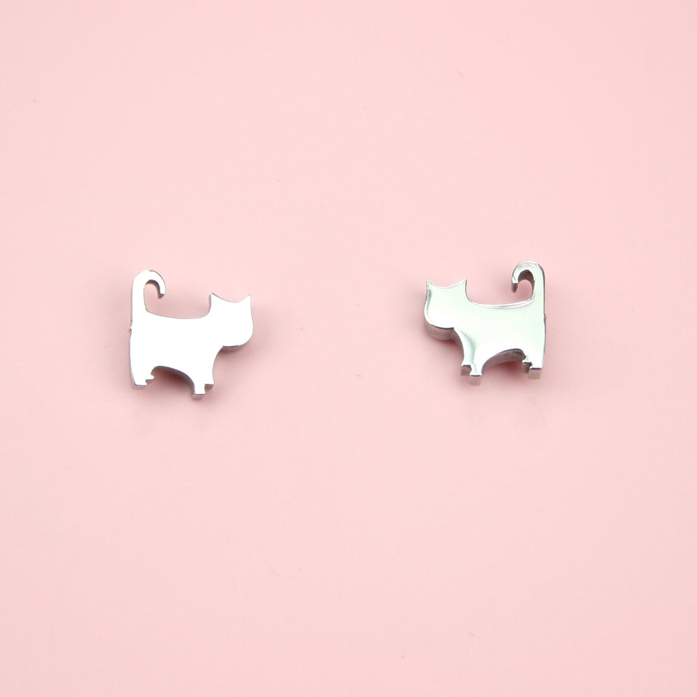 Load image into Gallery viewer, Kitty Cat Stud Earrings