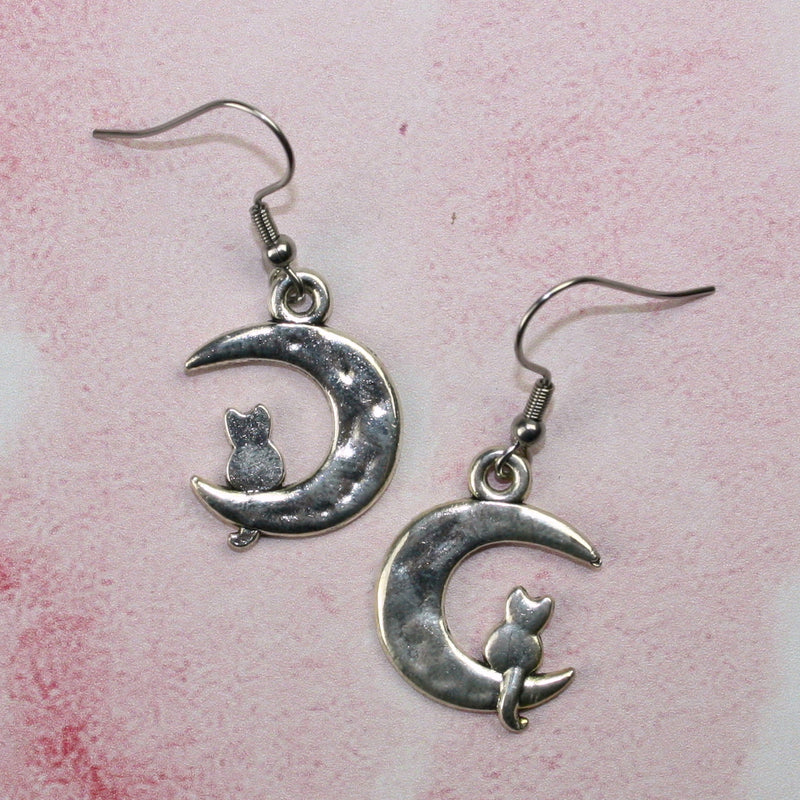 Moon and Cat Earrings - Sour Cherry