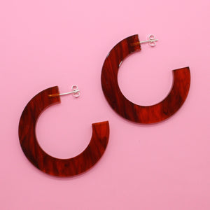 Tortoiseshell Circle Hoop Earrings - Sour Cherry