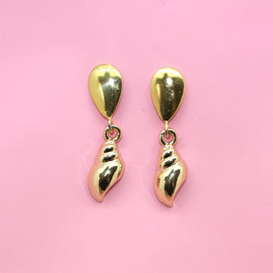 Seashell Earrings (Gold Plated) - Sour Cherry