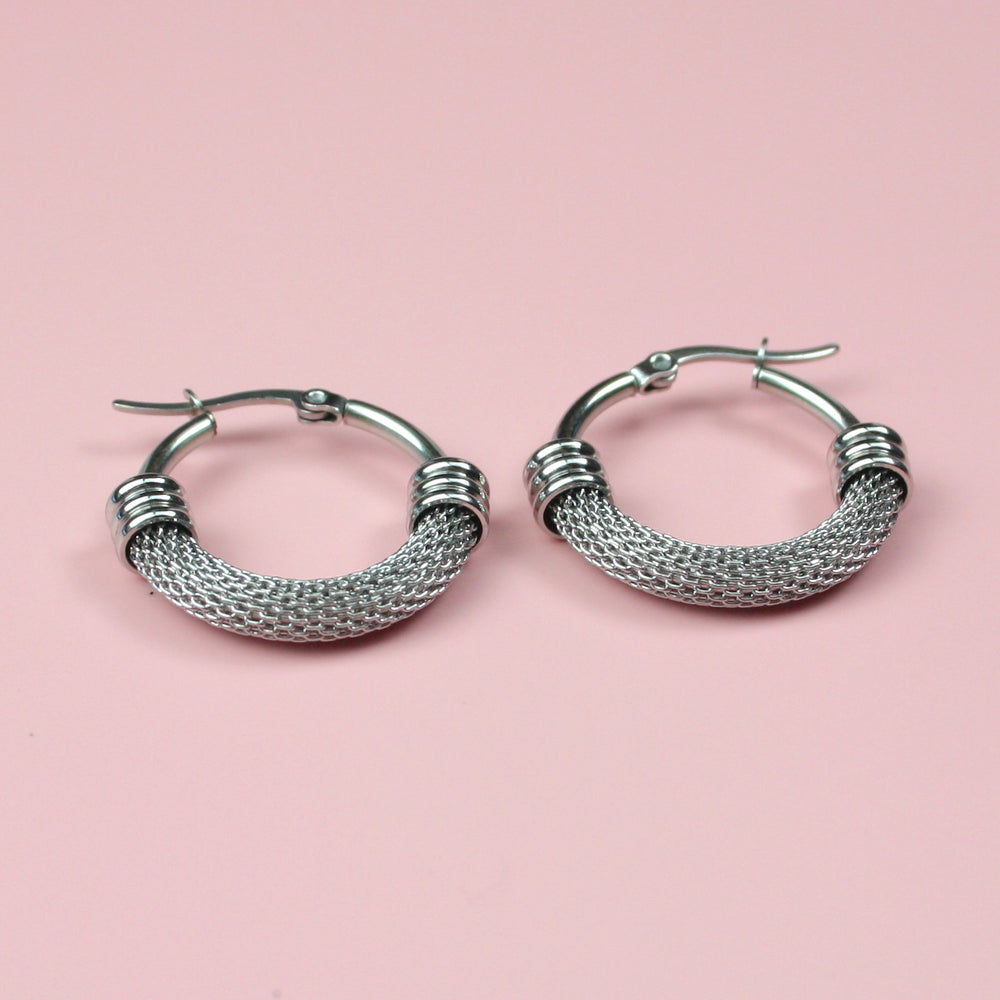 Half Chain Detail Hoop Earrings - Sour Cherry