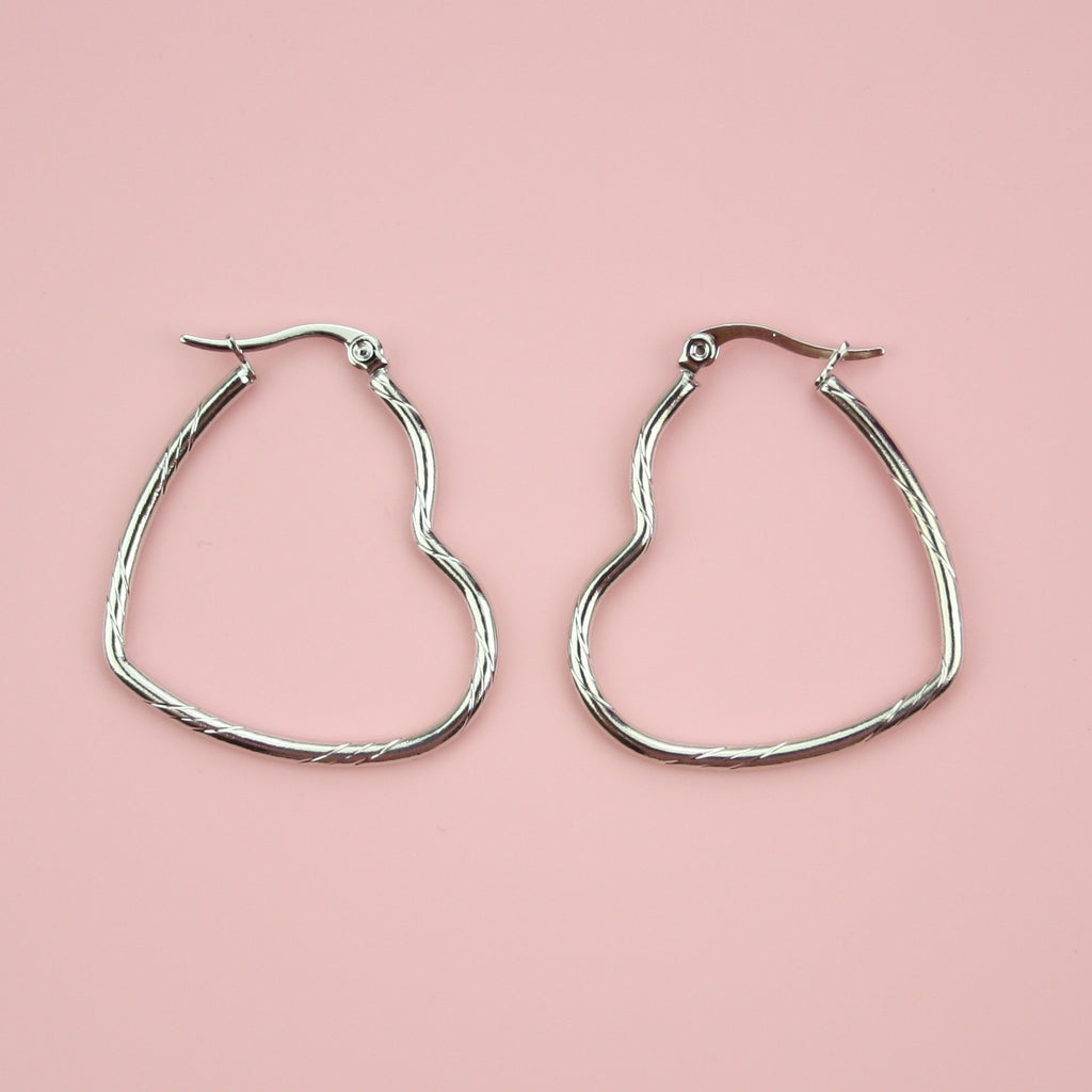 Twisted Heart Hoop Earrings - Sour Cherry