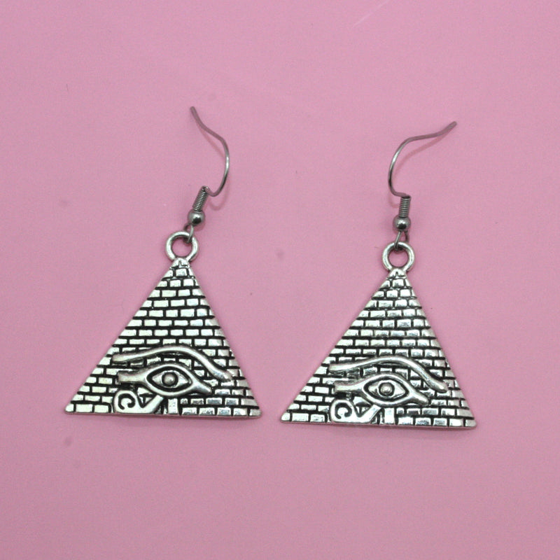 Pyramid Eye of Horus Earrings - Sour Cherry