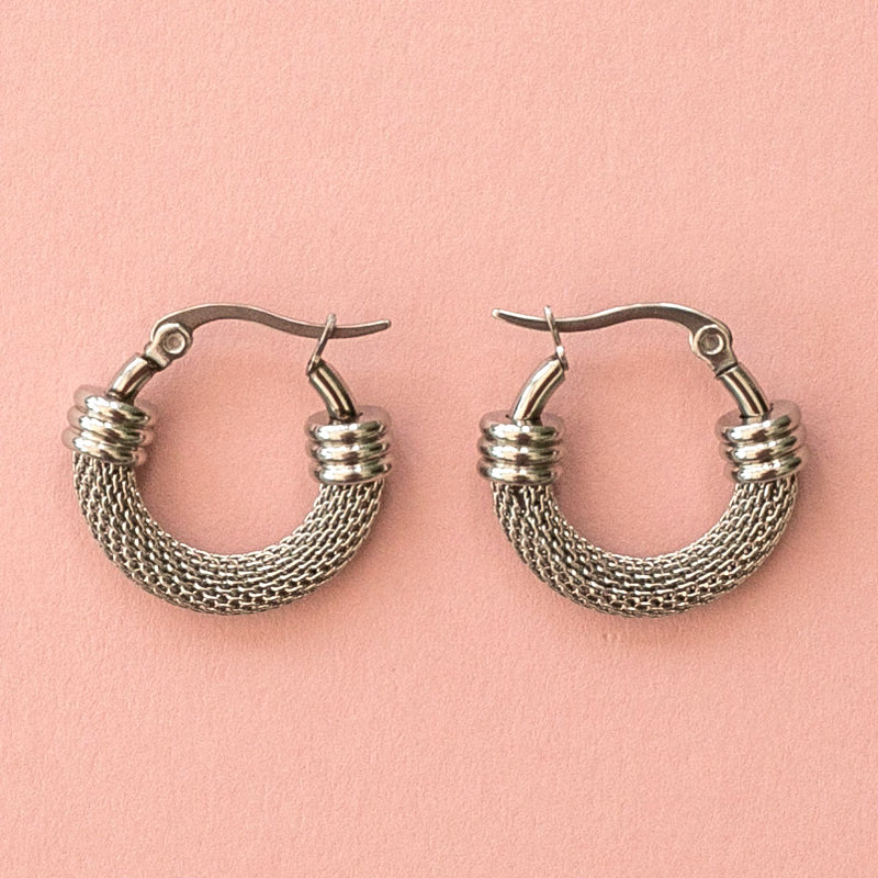 Mini Half Chain Detail Hoop Earrings - Sour Cherry