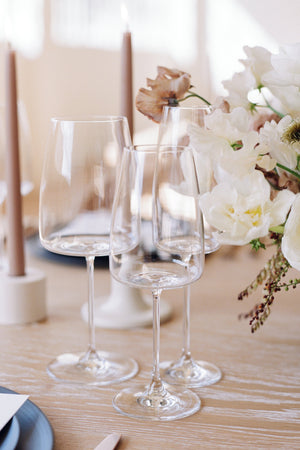 Minimal Clear Glassware for Events in Los Angeles, CA