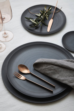 Minimale Plates, Charcoal