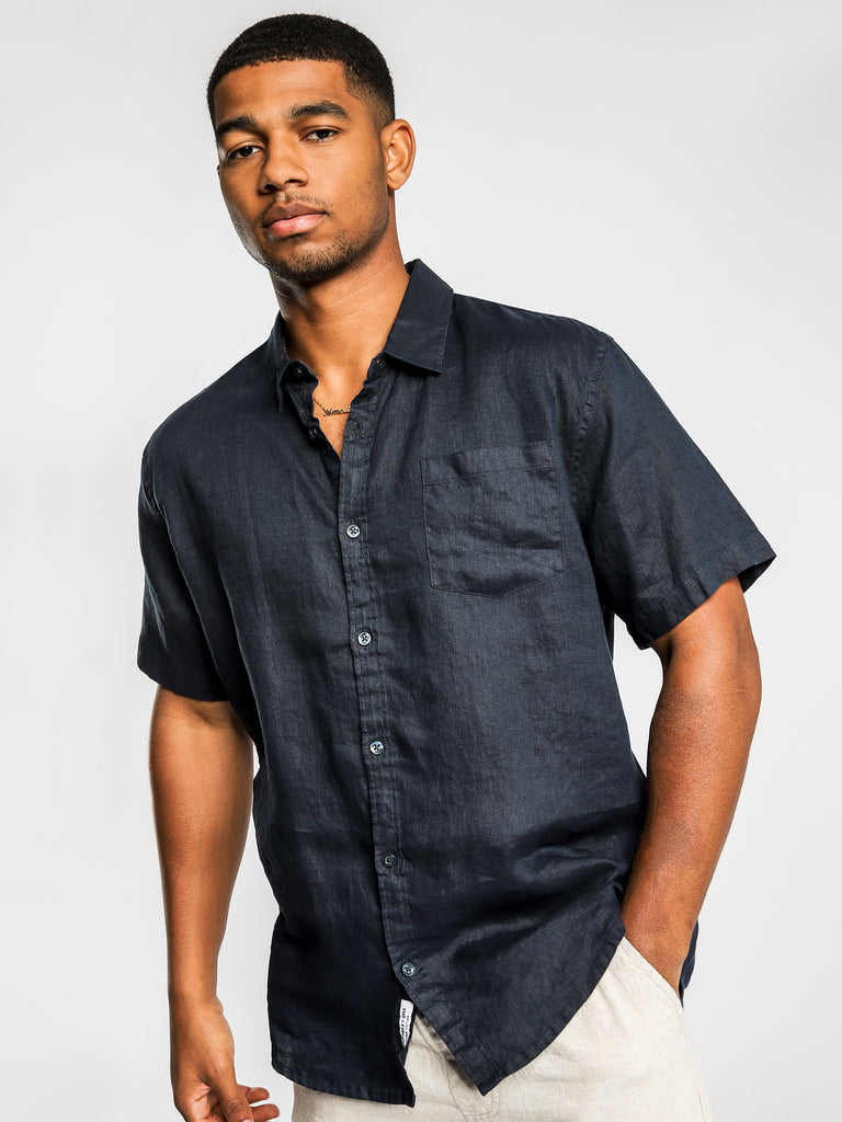 Noosa linen Short Sleeve Shirt in Navy or Black, Mens Shirts, Article no 1, Milu James St