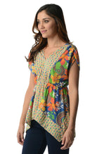 Load image into Gallery viewer, Women's Floral Printed Flutter Top
