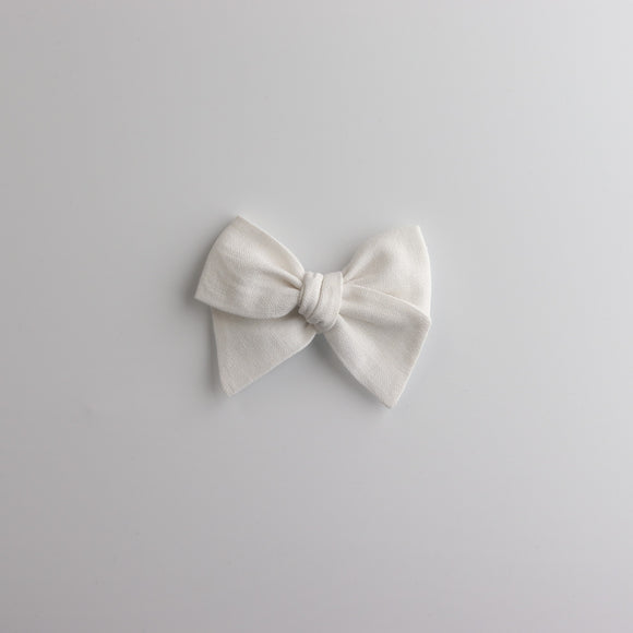 Antique White-Chunky Knot Mini