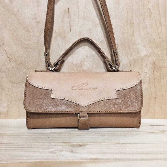 NUDE CINNAMON AIKILAH WALLET-BAG