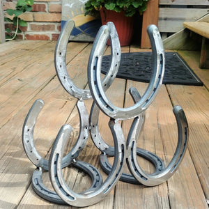 Horseshoe Wine Rack: Creative Welding