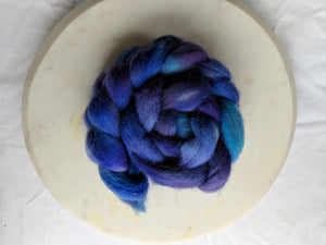 100% Wool 'Tanzanite' 4 oz Combed Top