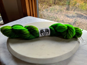 100% Wool 'Fern' 100g Worsted Weight Yarn