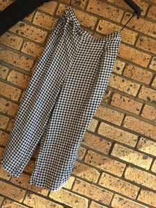 ***Brand New*** RT High-waisted Black & White, ladies wide leg 3/4 pants-pants-Elinye_ithuba
