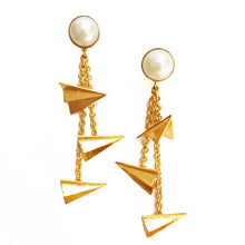 Load image into Gallery viewer, Pearl And Paper Plane Earrings