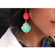 Load image into Gallery viewer, Oceans Love Earrings Blue