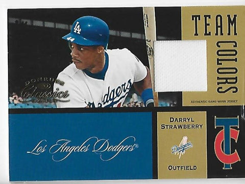 Darryl Strawberry 2004 Donruss Classics #TC-22 (028/100) Game-Worn Jersey Card