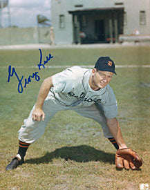 George Kell Autographed / Signed Baseball 8x10 Photo