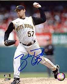 Brad Thorpe Autographed / Signed 8x10 Photo
