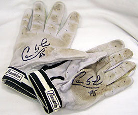 Carlos Lee Houston Astros Autographed / Signed 2007 Game Used Grey Batting Gloves