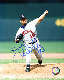 Eddie Guardado Autographed / Signed 8x10 Photo