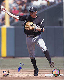 Clint Barnes Autographed/Signed 8x10 Photo