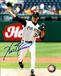 Kris Benson Autographed / Signed Pitching 8x10 Photo