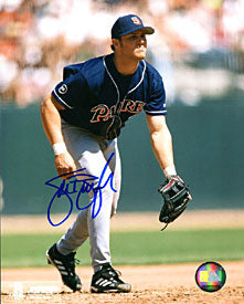 Sean Burroughs Autographed / Signed Fielding 8x10 Photo