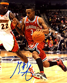 Brandon Jennings Autographed / Signed Milwaukee Bucks 8x10 Photo