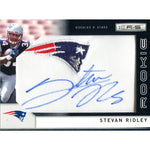 Steven Ridley Autographed 2011 Panini Jersey Patch Card